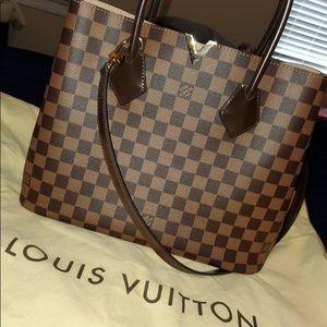 Louis Vuitton Kensington Damier Handbag